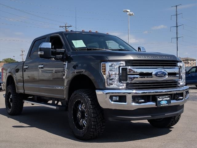 new 2018 ford f 250sd xlt 4d crew cab in bloomington. Black Bedroom Furniture Sets. Home Design Ideas