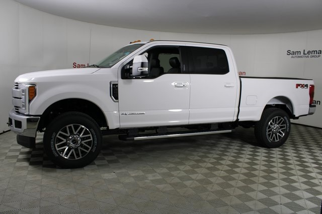 New 2019 Ford F-250SD Lariat