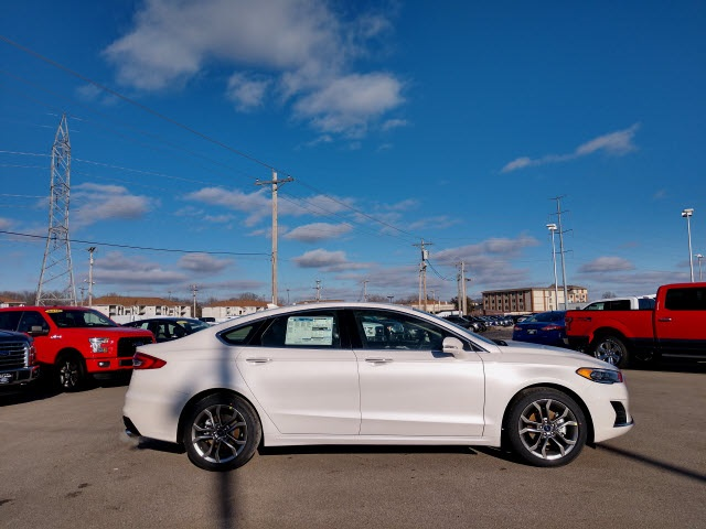 New 2019 Ford Fusion SEL