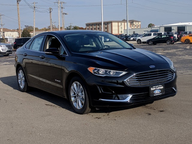 New 2019 Ford Fusion Hybrid Sel