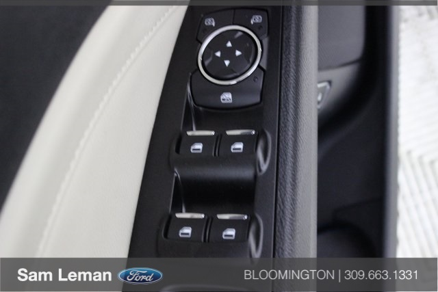 Pre-Owned 2018 Ford Fusion Hybrid Titanium